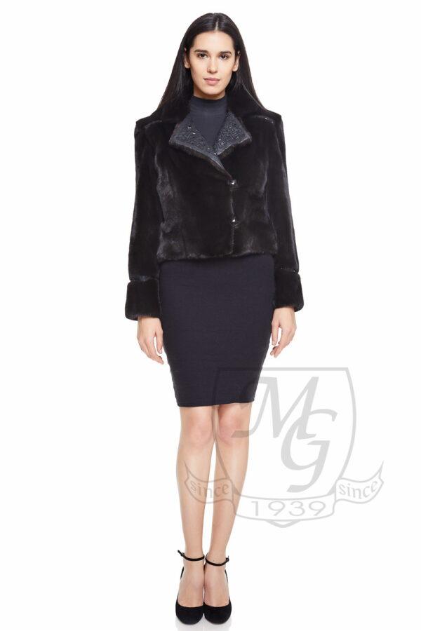 haina de vizon negru