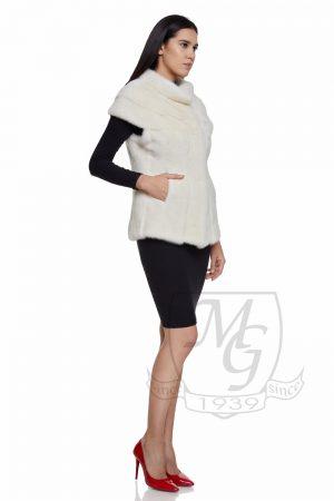 Vesta vizon alb, model black and white